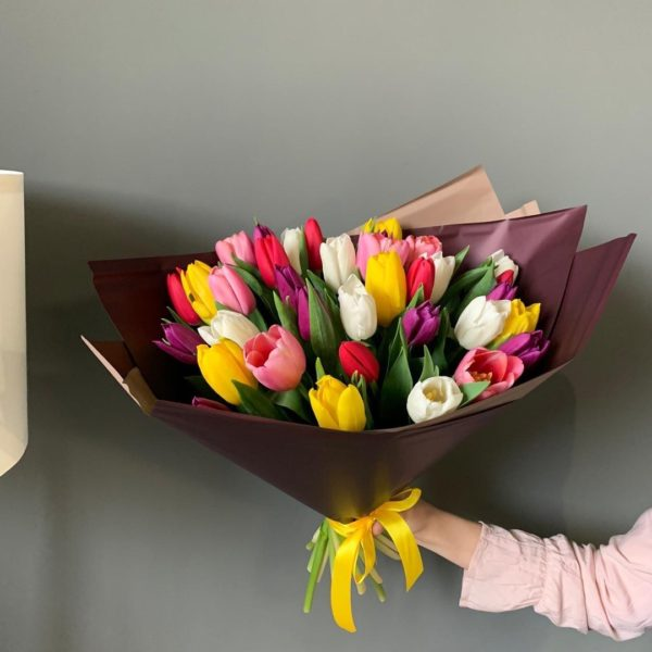 Букет из 35 тюльпанов микс