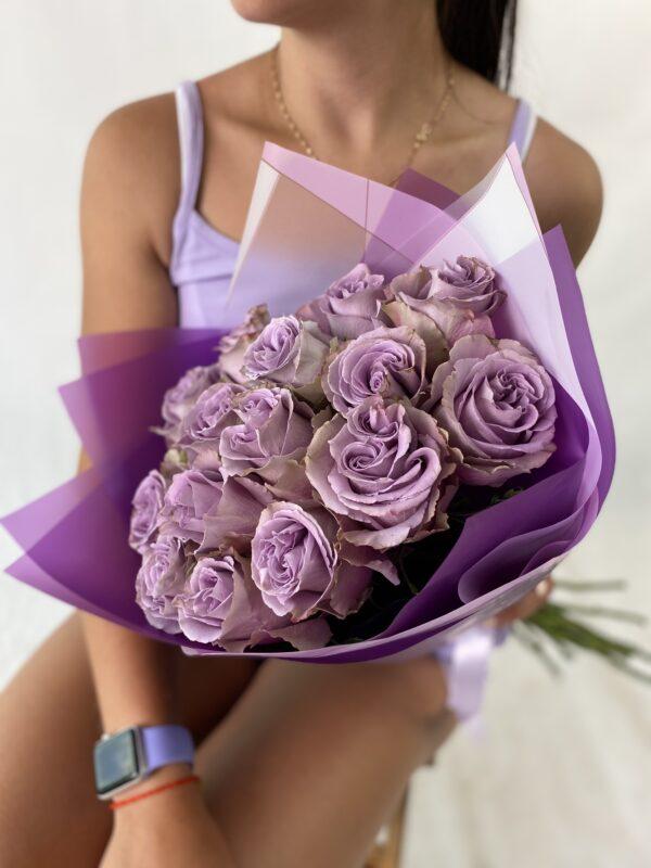 Букет из 15 эквадорский фиолетовых роз
